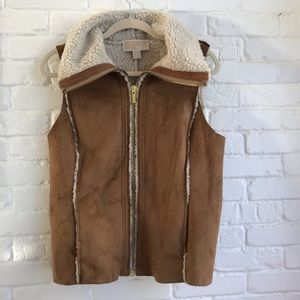 Michael Kors Sherpa Teddy Fuzzy ZIP up Vest Medium